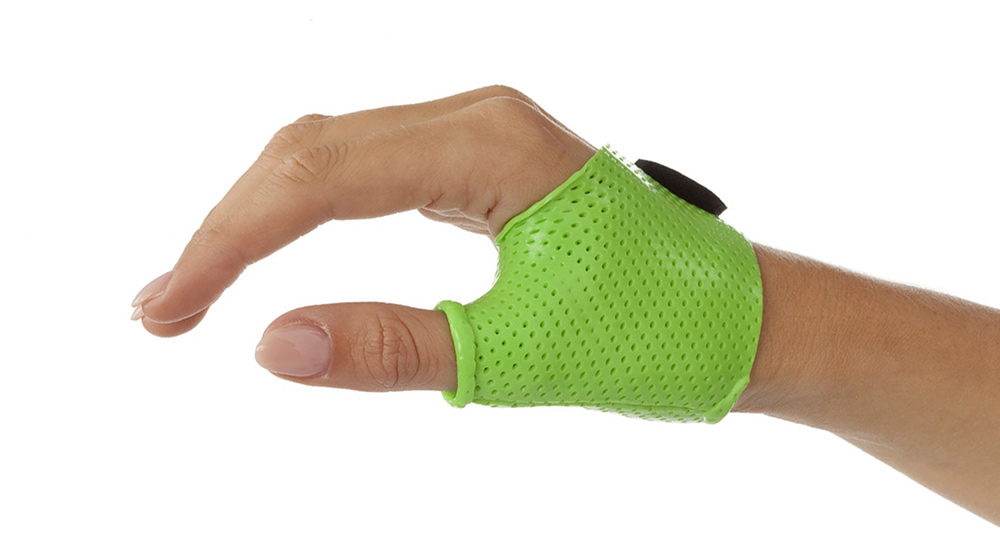 Rolled edges for a more comfortable orthosis.